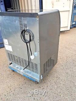 Commercial Scotsman Ice Cube Machine / Ice Maker 75 kg per 24 hrs