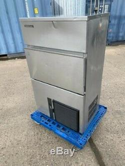 Hoshizaki Commercial Ice Cube Machine / Ice Maker 95 kg per 24 hrs