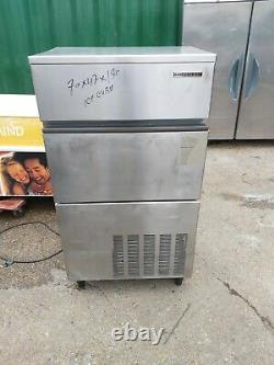 Hoshizaki IM130 ME Cubed Ice Machine commercial ice cube maker 130 kg per 24hrs