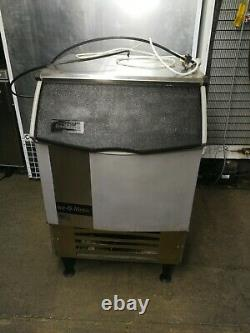 Ice-O-Matic ICEU225HA3 commercial Ice maker stainless steel