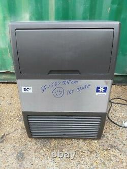 Manitowoc Ice cube maker Output 45kg/24hr. Storage 25kg commercial ice machine